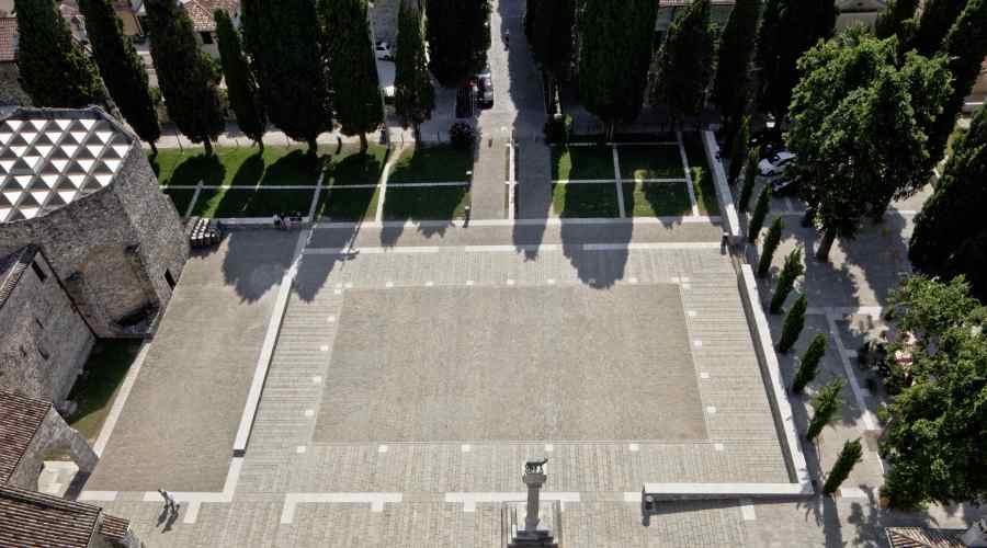 Aquileia_Piazza Capitolo (studio GTRF)